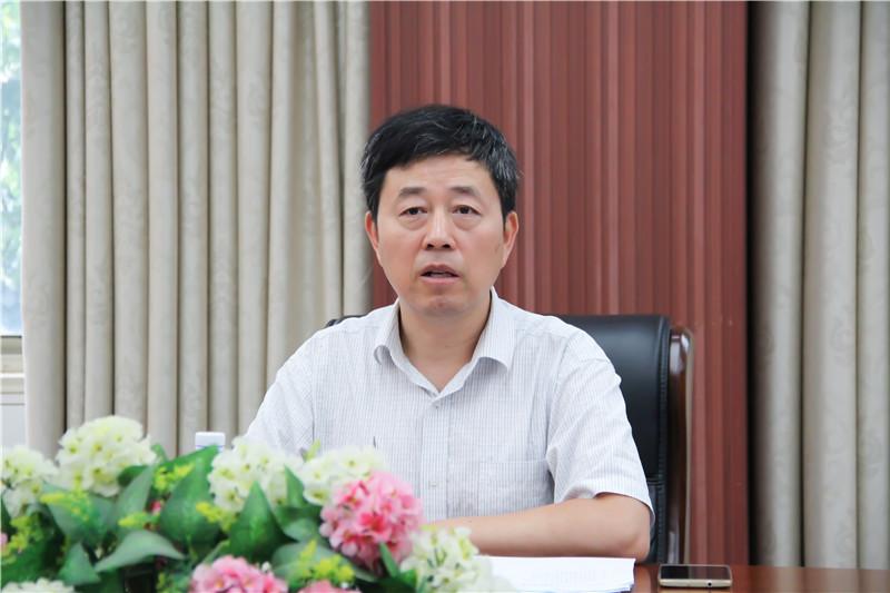 安徽省机电行业协会法人代表、执行会长潘孝林