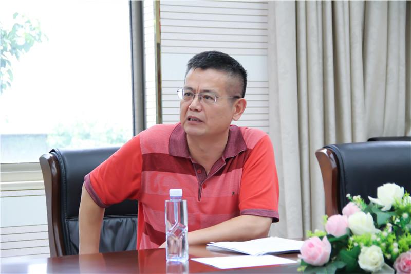 安徽省商务厅开发区处原副处长韩明林